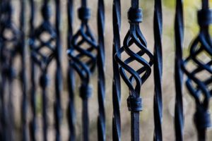 fence-railing-wrought-iron-barrier-51002